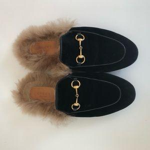 Gucci Princetown Fur Velvet Black Loafer
